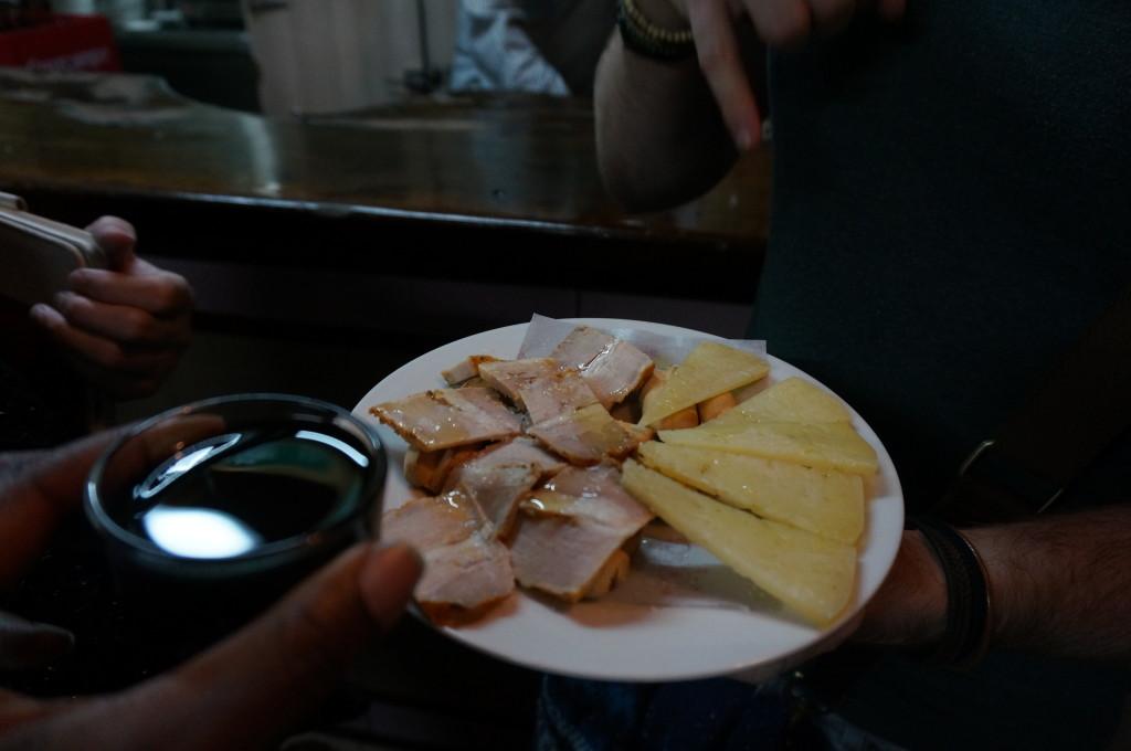 Food Tour in Seville - Orange Wine, Manchego Sheep Cheese & Chicharrones